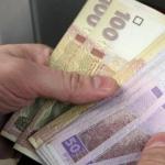 Українців, які отримали паспорти РФ, хочуть позбавити пенсії та допомоги