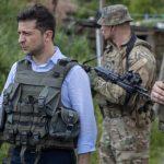 Обстріли на Донбасі: Зеленський сподівається, що Росія «відновить контроль» над бойовиками