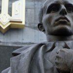 Суд Києва повернув проспектам Бандери і Шухевича старі назви