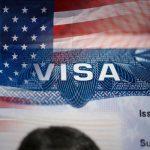 Для візи у США тепер треба показувати свої акаунти у соцмережах