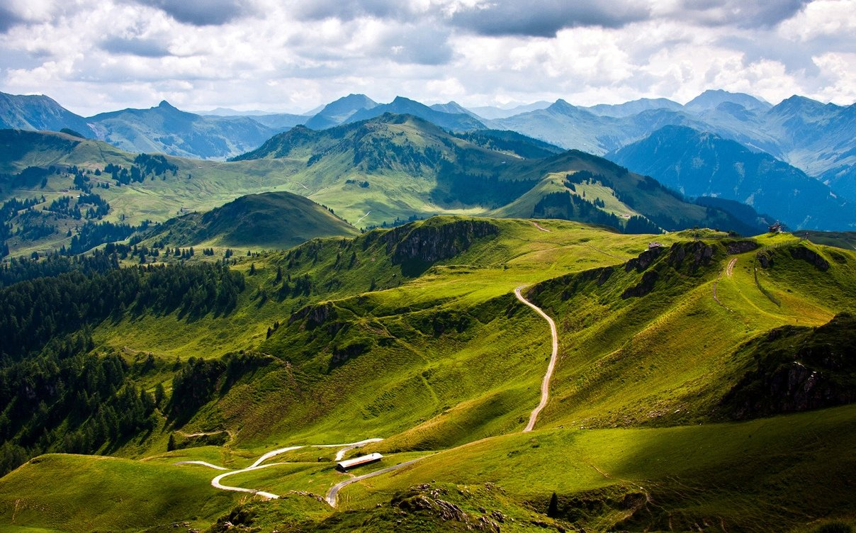 1447856469_mountains-1366x768-0061.jpg