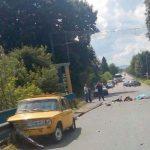 Cмертельна ДТП  у Дрогобичі: автомобіль ВАЗ врізався у відбійник