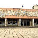 Через обвал будинку у Дрогобичі, у школі неподалік організувати евакуаційний пункт