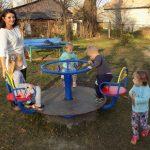 у Бориславі придбали нові атракціони для садка «Пролісок»