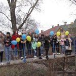 У Бориславі діти підготували проєкт відновлення аварійного мосту. Простять підтримки (ВІДЕО)