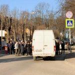 У Дрогобичі медики онколікарні перекрили дорогу на вул.Трускавецькій вимагаючи зарплат