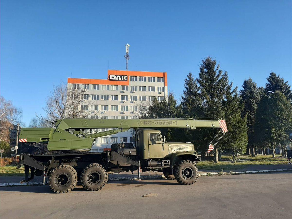 avtomobilnyj-kran-ks-3575a-1-1.jpg